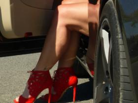 neue Schuhe für meine zwei Göttinnen......